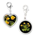 atom_flowers_34_silver_round+heart_charm-1