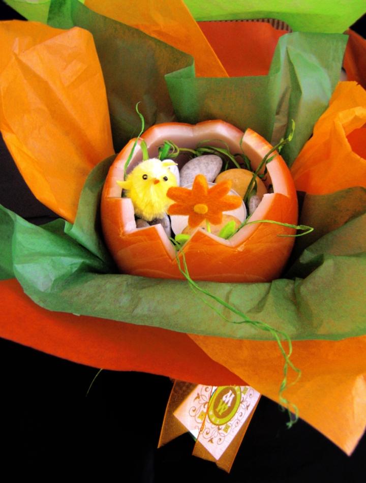 Marina's Easter eggshell candle