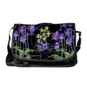 atom_flowers_39_messenger_bag